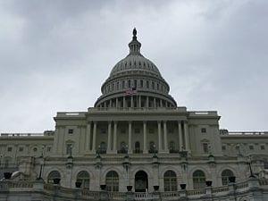US_Capitol_Building_090422