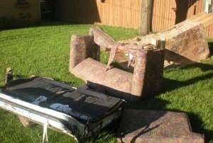 broken couches, redneck back yard, redneck backyard, furniture in the backyard