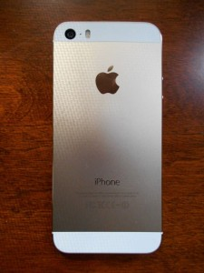 iPhone5s review, is the iPhone worth buying, non tech review of the iPhone 5s